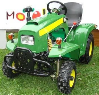 Minitraktor med tilhenger