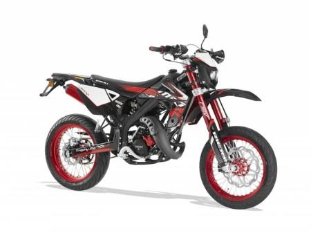 Gir-Moped